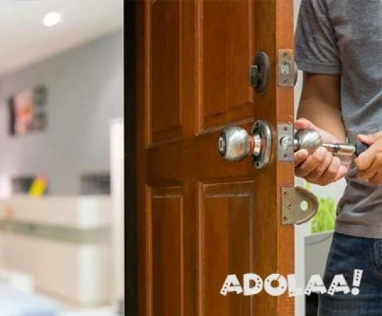 we-also-provide-commercial-residential-door-locks-in-spruce-grove-big-0