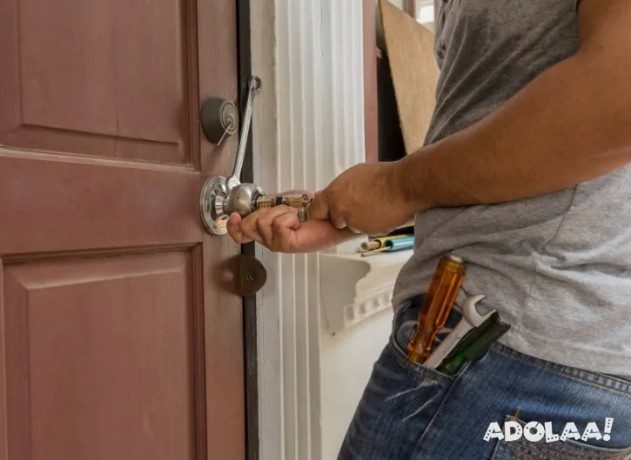 avail-the-best-locksmith-in-woodstock-ontario-area-from-sos-locksmith-only-big-0